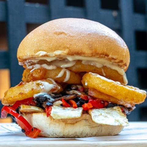 HALLOUMI DELIGHT BURGER